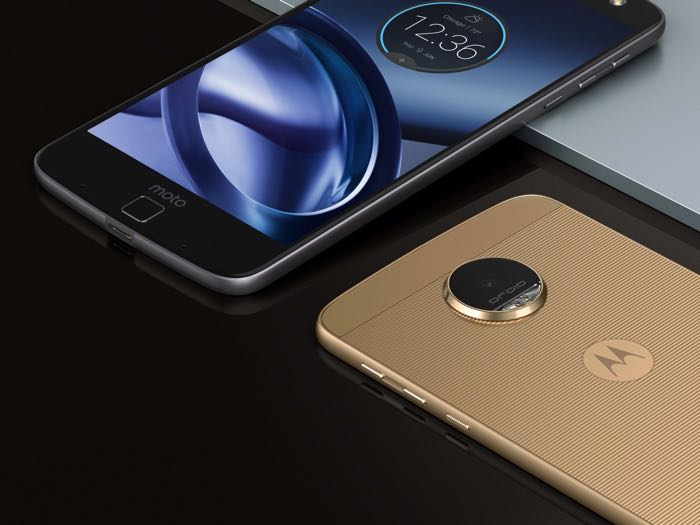 Motorola Accuses Samsung Of Stealing Its Always On Display Feature