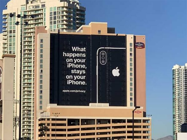 Apple Brazenly Mocks Tech Rivals With Huge Billboard Touting Privacy At CES 2019