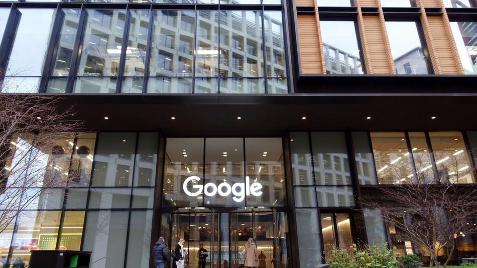 Google employee who wrote sexist manifesto identified