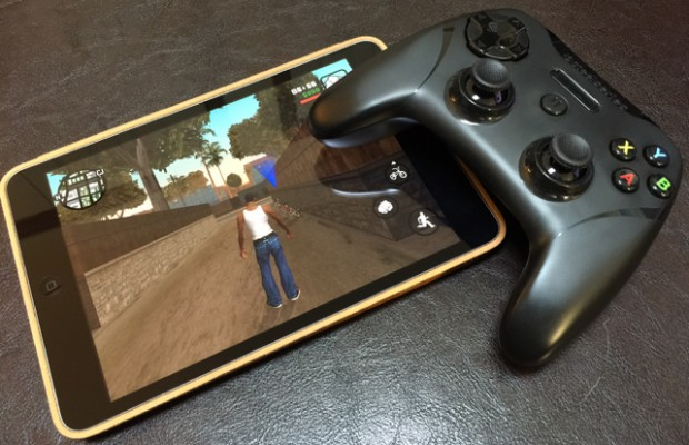 SteelSeries Stratus XL is the only iOS gaming accessory you need
