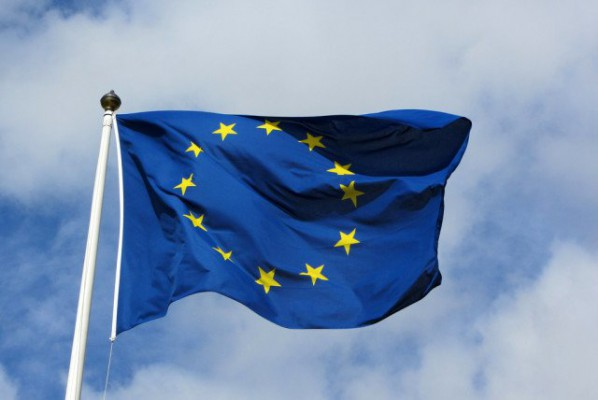 Snowden revelations threaten U.S.-EU data transfer deal