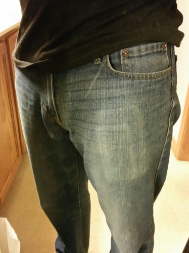 This man's jeans show the scars of multiple phone upgrades